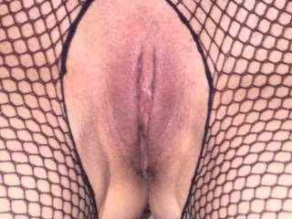 What a lovely sight, just wish I was licking, kissing and sucking your beautiful pussy and clit