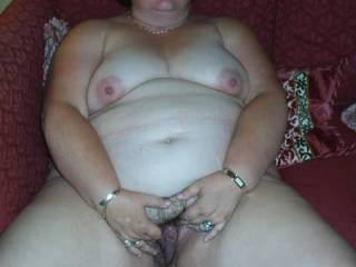 A great photo of a lovely lady.I would love to spend some time sucking licking and fucking you
