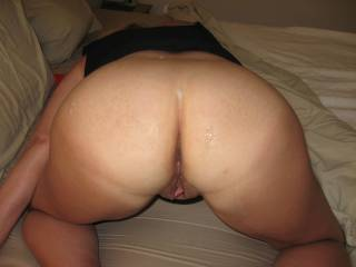 I'd sure love to!!  Sloppy seconds are just soooooooo hot and a second big hot load is mind blowing and then givin you a good erotic licking for another orgasm is awesome!!