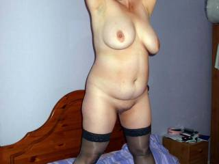 man id love to those sexy curves got me stiff!