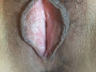 could you cum for me rubbing your big cock and looking at my pussy?