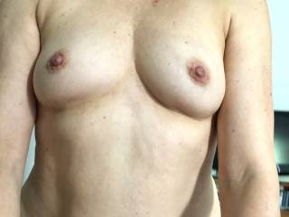 Ridding hubby while he enjoy the view of my hard nipples!!!! he saids they look hot while i\'m on top !!!! what do you think??