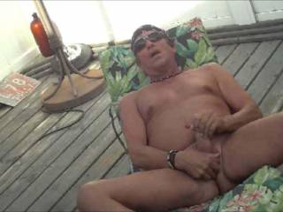 after tanning in the hot sunn,,I just had to...JERK OFF