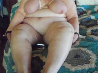 Love that belly,tits,love to smell,eat and fuck her pussy,great pic!!