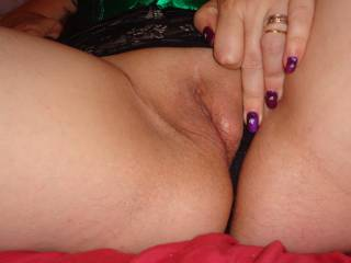 I think you look deliciously smooth, tasty and irresistible, I'd love to nip to Herts and devour you