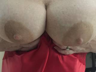 Do you like the size of my wife's tits?