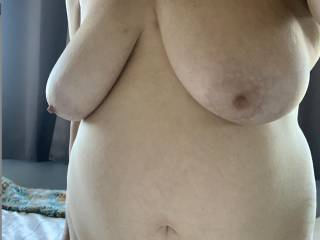 showing my big saggy tits and belly