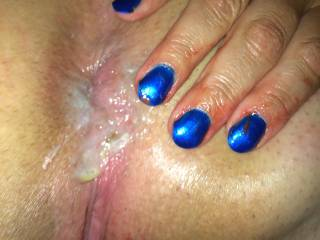 It's all me love that asshole and yes I will lick that ass clean then mess it up again mmmmmmm!!!!!!!!,love that nail polish!