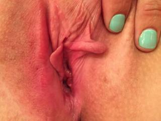 Perfect Succulent Lips!! MMMMMMMMMMMMMMM Only thing missing is my mouth sucking them and my tongue licking inside and out and you cumming so hard getting us both soaking wet!! MMMMMMMMM Delicious!!