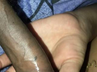 Indian girl sucking a big black cock with no condom… Taking picture of girlfriend as she sucks stranger and loves it. Sexy lips chubby bbw pawg xxx