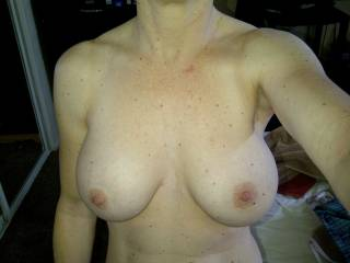 lucky man to be with a such fabulous woman and lovely natural big tits. I am ready to do all you want to be with a such woman