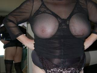 This is the mature lady who wanted one cock to service her weekly for the long term.  She hates drama but loves to cum & answers the door ready to get fucked...