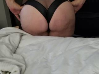 My hubby loves my big ass and i love his spankings!!!!
