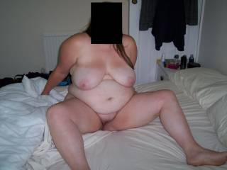 GREAT TITS,NICE BIG JUICY CUNT TO SUCK ON!!