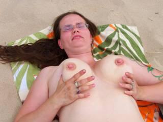 flashing her big tits
