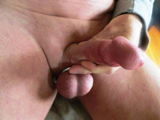 what a hot cock and nice set of balls..would love to milk your balls