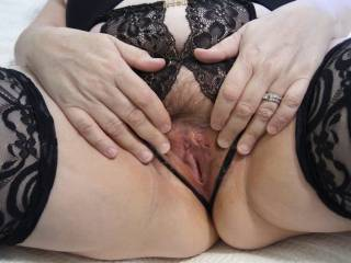 This is what Hubby feasted on after he face fucked me. How would you like to enjoy a great meal like this? Do you know that married pussy is the best?