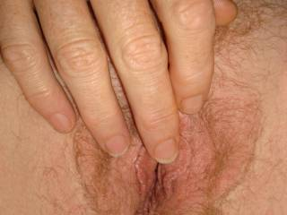 i play with my cock watching your hairy pussy pics !