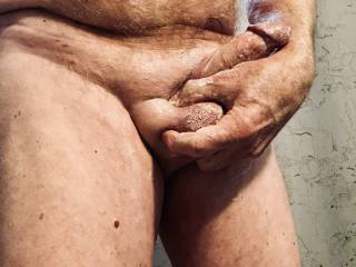 I love squeezing my soapy balls what a fabulous feeling it is.