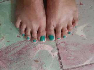 My feet..... what do you think.