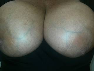 Mmm huge soft naturals are such a turn on...great tits