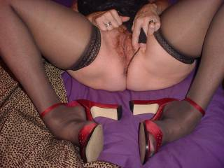Got to cum again looking at that beautiful hairy pussy and magnificent legs in stockings!