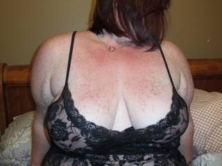 love to suck on those sweet titties while fingering your wet horny pussy!!!!!!!!!!