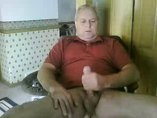I don't know you but wouldn't mind knowing you.  Handsome sexy man with one hot cock and body