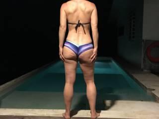 Her ass is so nice in this fun bikini.