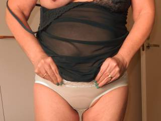Wife try on her new panties.....