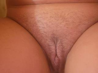 I need a woman to lick and finger my pussy!!!