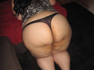 Im sure those thongs DO smell, FANTASTIC!!!