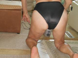Omg that did it that ass them sexy blk panties I couldn't take it I just came all over my pumping fist