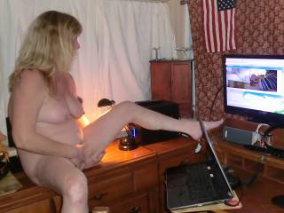 Wife coming while doing a cam show for some younger guys, making him come
