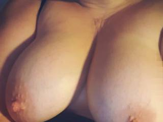 titts out on cam
