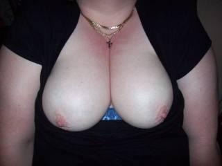 mmmmmmmmmmmhhhhhhhhhhhhhhh very nice tits !!!!