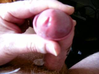 having a nice real cum, looking at all the tits and shaved pussies on Zoig