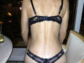 woooooow;) amazing gorgeous sexy ass in thongs I love it:)