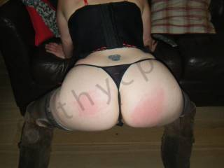 What a fucking amazing ass... I would love to spank it myself! xxx
