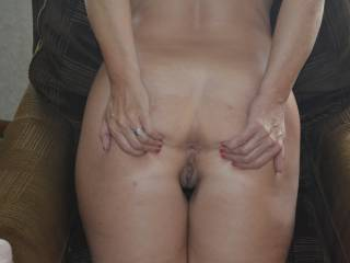 Delicious im ready to dribble my warm load on to pussy and bum hole. Mite have a wank over this pic later got me very hard.