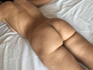 Nice 29 yo moroccan woman I\'m fucking. She likes to be treated like a slave, so I\'ve tied her and used her in all her holes.
