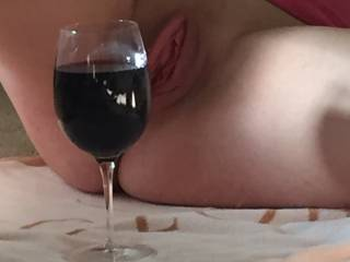 Happy Fuckin Pussy New Year!  Cheers!  Who wants to eat me ?