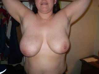 fantastic tits, and lovely underarm stubble, give me a stiffy looking at u, fucking hot babes