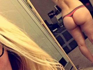Quick belfie for yall to enjoy ;)