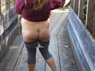 wife flashing her ass on a hike