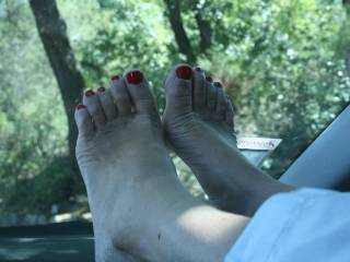 For feet lovers. During the summer vacation in France this year...