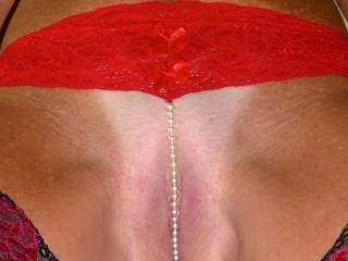 Damn you have the sweetest pussy! Would love to be licking your clit with you wearing those pearls... Lee