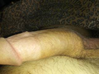 I have a lot of free time so I take pictures and masturbate over yours leave me your comments ladies and he'll men too if you want but I'm not gay