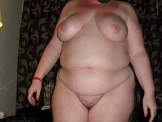 What a sexy body, love to suck on those big tits before i slipped my hard cock up you and rode you bareback until i shot my cum deep inside you !
