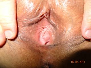 Still looking for a womans tongue to invade my wet pussy, any ladies out there wanna taste?